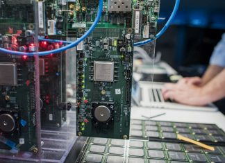 IBM construit les premiers ordinateurs quantiques universels pour les entreprises et la science